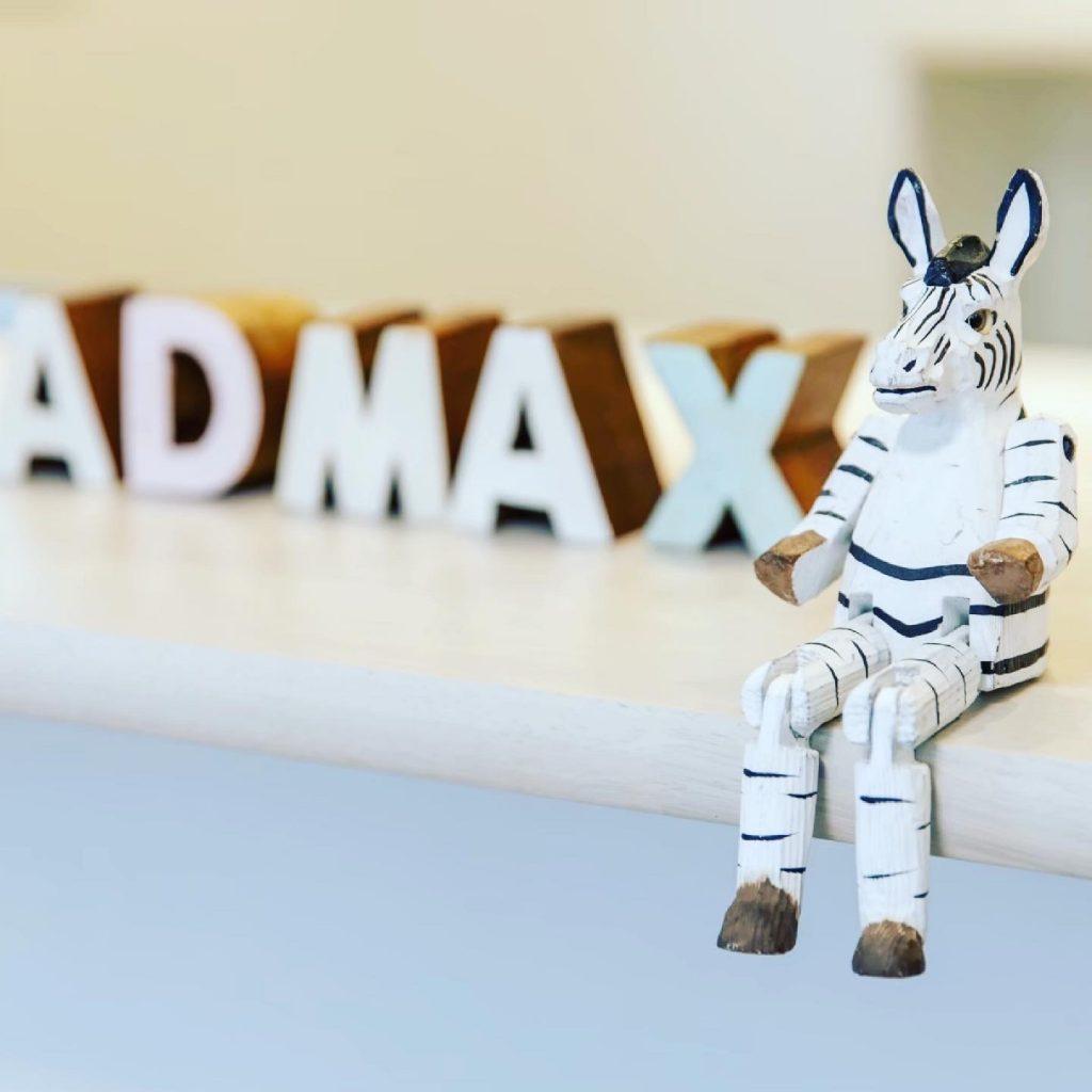 """admaxの""""ad""""ってどう言う意味あい⁉︎"""